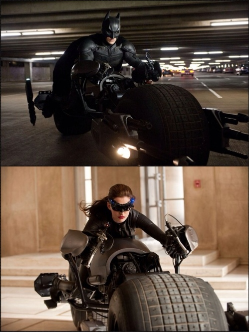 Batman e Mulher-gato brincando de Tron